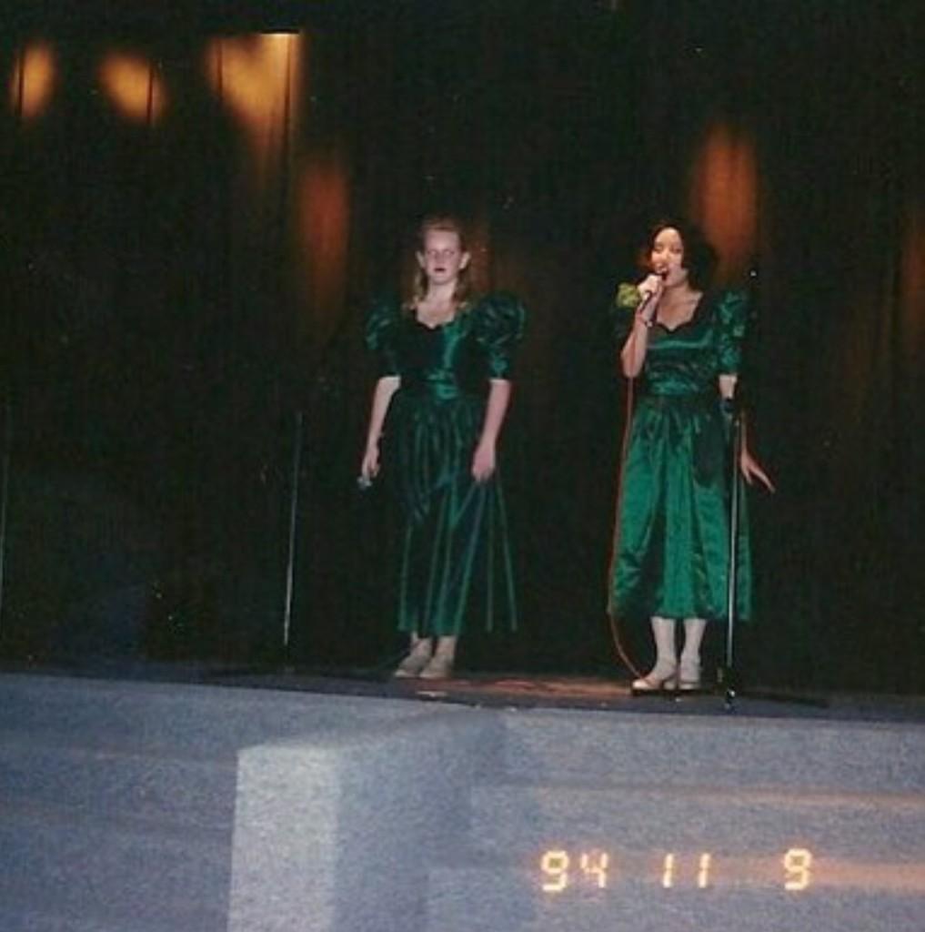 singing-hanssie